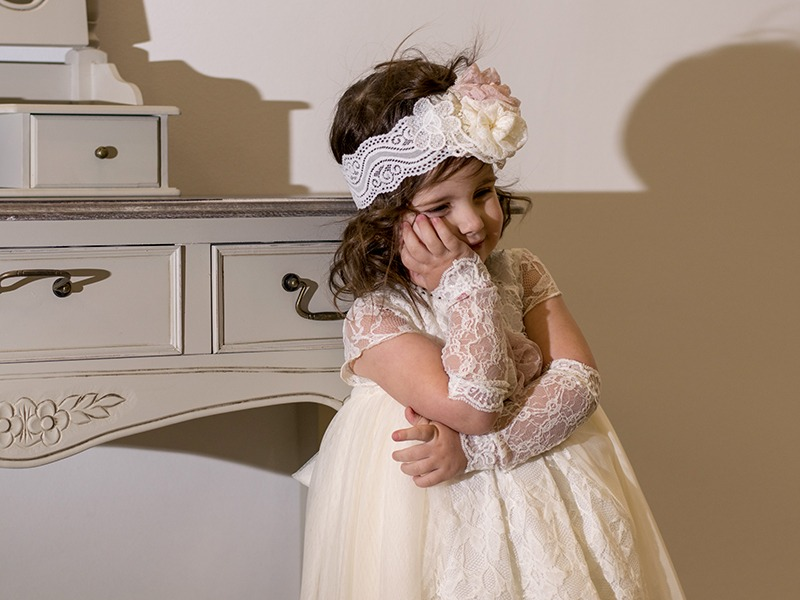 Ονειρεμένες βάπτισης για το μικρό σας κοριτσάκι αποκλειστικά απο την Elekon-Art Collection. Σε εμάς θα βρείτε μια μεγάλη γκάμα απο βαπτιστικά φορεματάκια, χειροποίητα σετ βάπτισης και μπομπονιέρες σε άπειρα σχέδια και χρώματα!